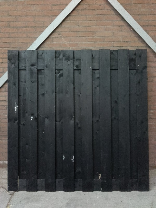 Tuinscherm 180x180 cm zwart geverfd NR883