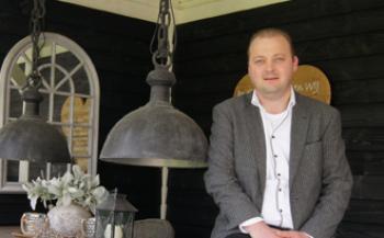 Benjamin werkt bij familiebedrijf Van Kooten: 'Ons personeel is belangrijker dan de winst'